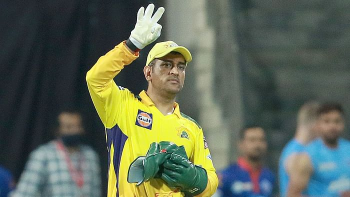 IPL 2021 : CSK Captain MS Dhoni Fined 12 lakh for Slow Over-Rate Against DC